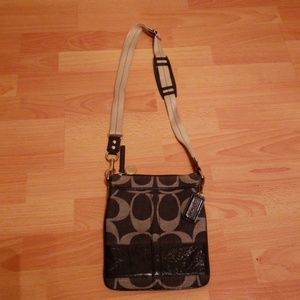 Couch cross body bag